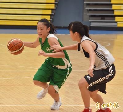 菁英盃》「大眼正妹」游舒涵要當場上隊長 率北一女中重返小巨蛋
