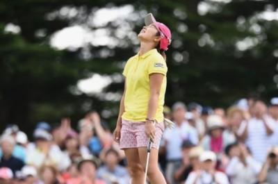 高球》日本LPGA巡迴賽輕井澤72高球賽 比嘉真美子生涯第3勝到手