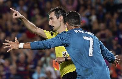 西班牙超級盃》C羅動手推裁判 至少將禁賽4場 (影音)