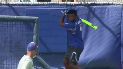 棒球》13歲少棒巨砲布萊洛克 到勇士主場照樣開轟 (影音)