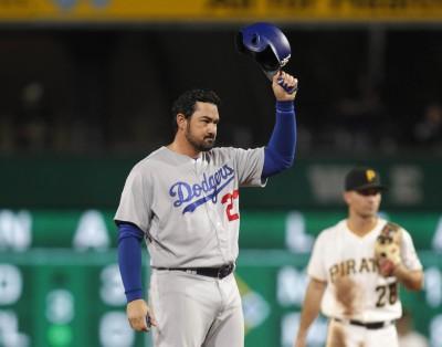 MLB》甩開背痛陰影  「A-Gon」兩千安達陣