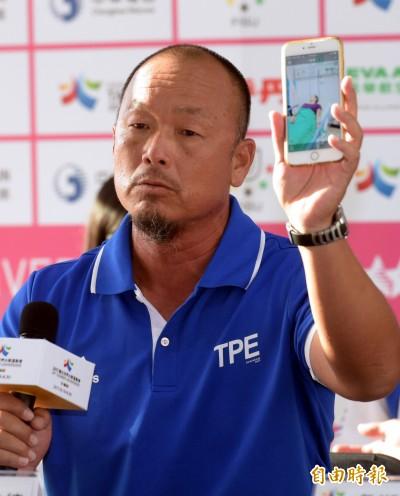 網球》詹詠然熱衰竭棄賽惹議 世大運教練:海水快退了