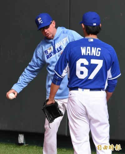 MLB》去年重返大聯盟關鍵 王建民恩師失業了