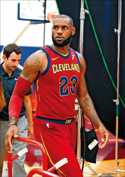 NBA》詹姆斯、厄文 開幕戰恐難「重逢」