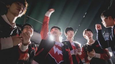 LOL世界賽》中國WE戰勝北美C9 最終四強「中韓大戰」