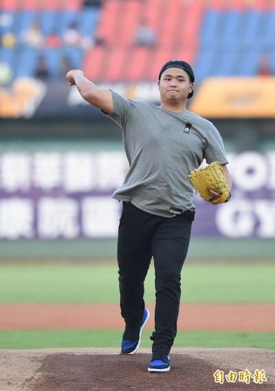 中職季後賽》胡智為今開球 陳柏豪拜託學長不要催球速