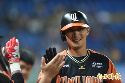 棒球》已與崇越談妥 林志祥將以月薪5萬3加盟
