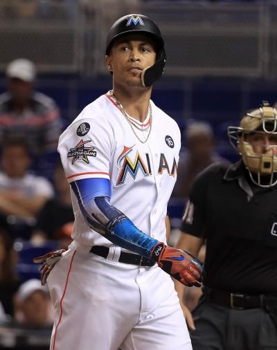 MLB》史坦頓對交易持開放態度 道奇也加入搶人行列