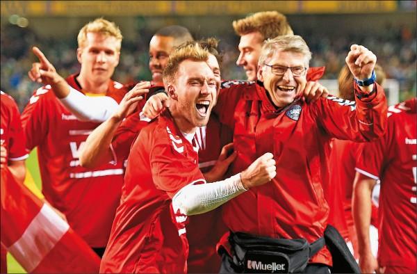 艾利克森帽子戲法 丹麥重返世界盃