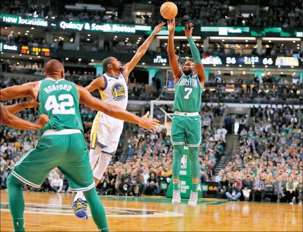 NBA》領先17分不夠「勇」 綠衫軍逆襲奪14連勝