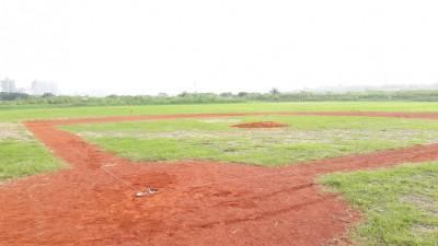 打造棒球搖籃 新莊河濱公園新月棒球場完工!