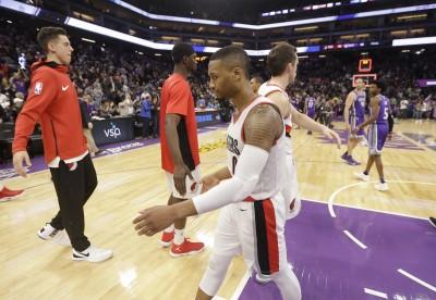 NBA》拓荒者球迷質疑主帥 里拉德留言挺教練