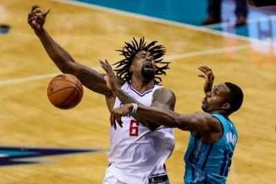 NBA》魔獸抓16籃板稱霸禁區   快艇翻船苦吞8連敗