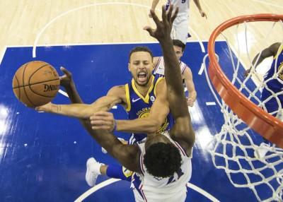 NBA》柯瑞訪費城轟35分 勇士也來超級逆轉秀