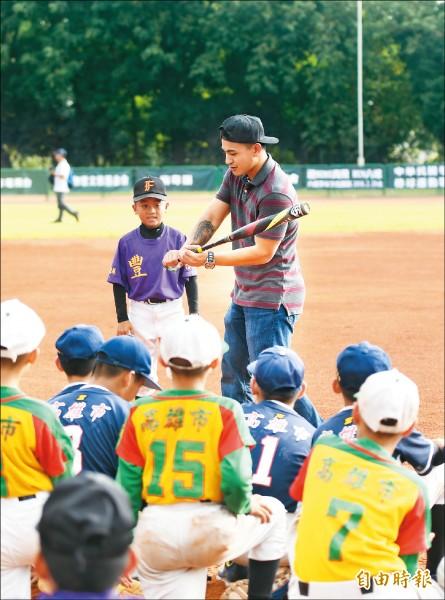 MLB》張育成進40人名單 林子偉:他會比我更搶手