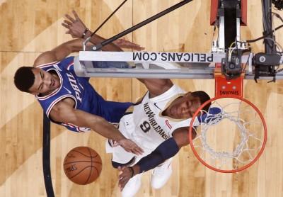 NBA》朗度狂傳18助攻 鵜鶘飆分秀克七六人