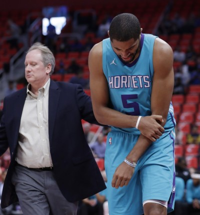 NBA》困於肘部傷勢 黃蜂巴頓狀態低迷