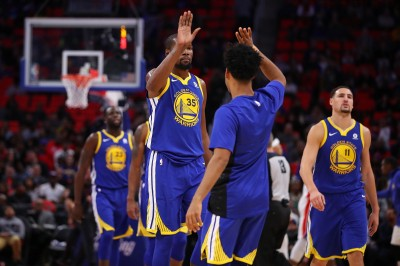 NBA》黑曼巴舉辦退休儀式 杜蘭特:退休兩個號碼超酷