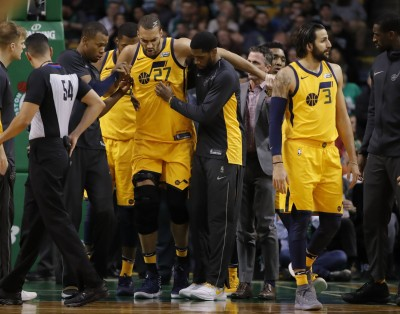 NBA》打不到兩分鐘 法國巨塔再度倒下