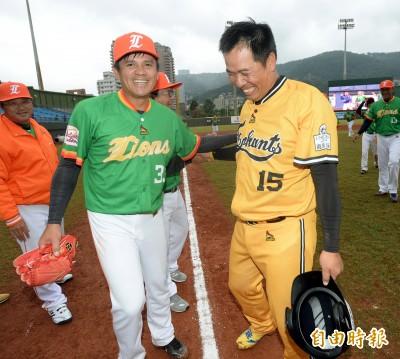 傳奇公益賽》重現職棒元年首戰 陳瑞昌第101次觸身球追平王勝偉