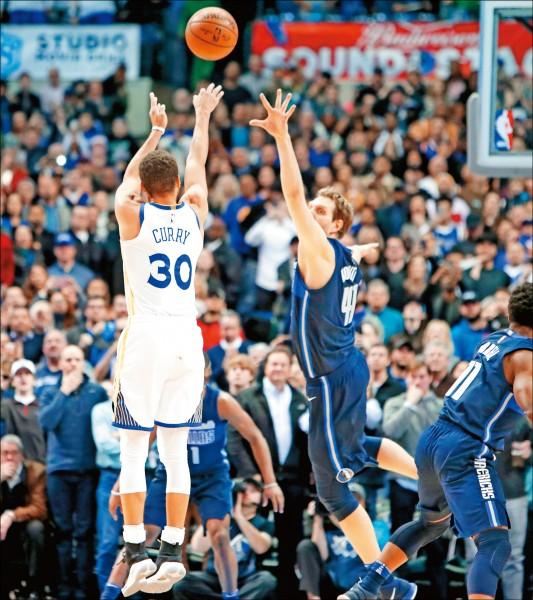 NBA》致勝三分 柯神預感成真
