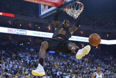 NBA》明星賽票選次輪結果出爐 詹皇、柯瑞奪東西部人氣王