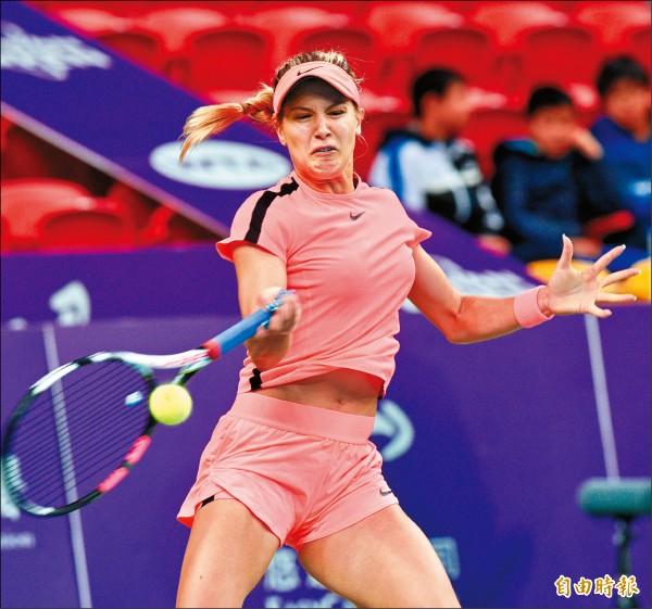 台灣女網賽》小詹配「匈」猛女 直落二晉雙打4強