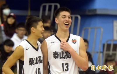 籃球》17歲譚傑龍今加入台灣男籃集訓 周俊三:值得培養的新血!