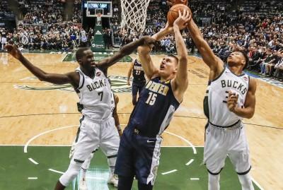 NBA》約基奇創最速大三元記錄     金塊下三分雨痛宰公鹿(影音)
