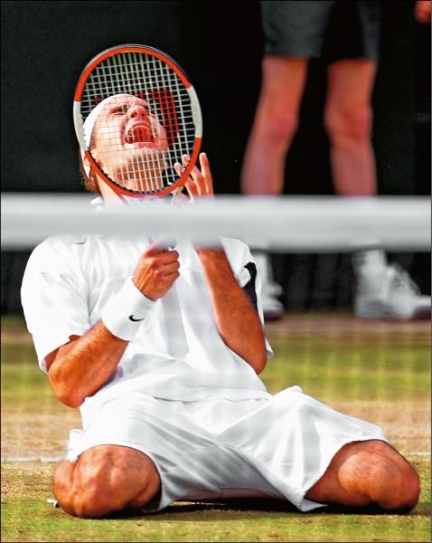 網史最老球王 費爸重返世界第一