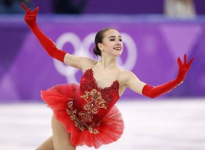 冬奧》15歲黑天鵝優雅征服花滑 激動收下俄國本屆首金