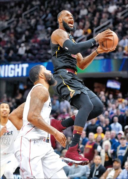 NBA》詹姆斯火熱隊友冷 「交易行情」告終