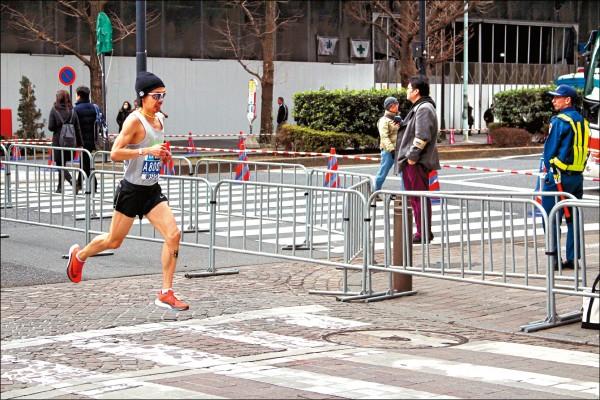 張嘉哲「東京馬」締新猷 破20年台灣選手紀錄