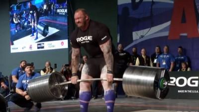 舉重》比館長還狂!名演員硬舉472公斤  打破世界紀錄(影音)
