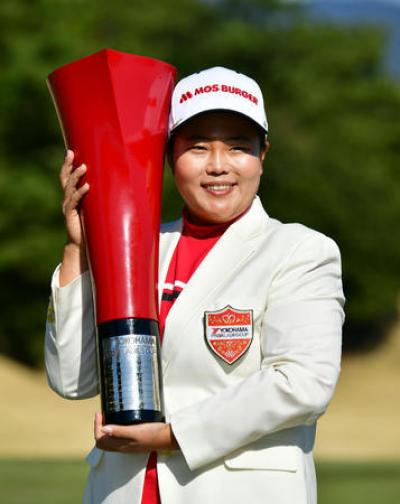 日本LPGA橫濱輪胎女子高球賽》安宣柱延長賽奪冠 盧曉晴排名14