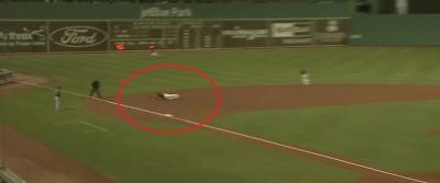 MLB》林子偉守三壘秀美技守備  現場主播大讚(影音)