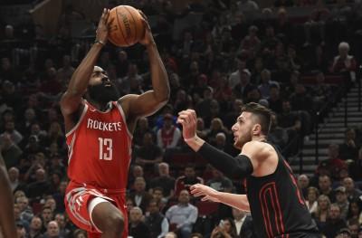 NBA》哈登狂飆42分 率火箭斬斷拓荒者13連勝