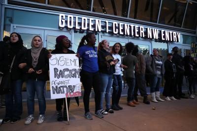 NBA》警方誤殺黑人引發遊行示威 國王提前關閉球館