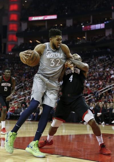 NBA》新狼王季後賽首戰僅拿8分 主帥:需要打得更積極點
