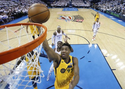NBA》米契爾扮爵士逆轉功臣 一紀錄超越「籃球之神」喬丹