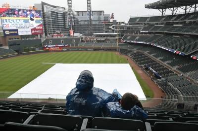 MLB》雨雪交加打亂賽程 延賽場次史上最多