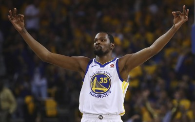 NBA》關鍵時刻球給KD!勇士力退馬刺挺進次輪