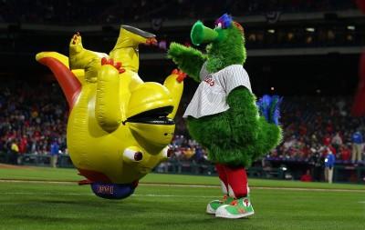 MLB》小心飛天熱狗堡! 費城球迷眼睛遭擊中受傷