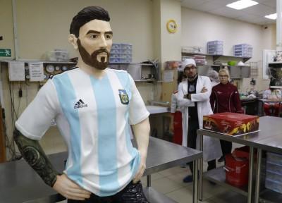世足賽》莫斯科甜點業者送梅西另一個「梅西」