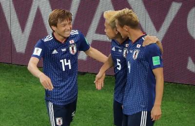 世足賽》日本死命踢球追平 塞內加爾教頭大讚「藍武士」