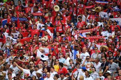 世足賽》巴拿馬被踢爆球迷卻瘋狂慶祝 享受比賽態度感動全世界