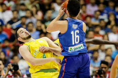 籃球》輸球還圍毆澳球員 菲律賓1打5遭大會裁定吞敗(影音)