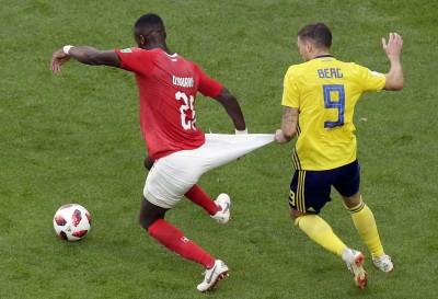世足賽》比賽最大亮點!瑞士球員褲子一拉驚變麻糬