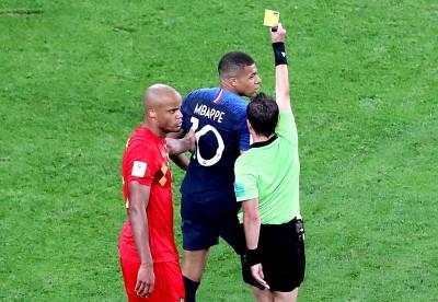 世足賽》內馬爾上身?法國天才「假摔」拖時間又吞黃牌
