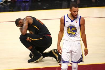 NBA》詹姆斯加盟湖人 柯瑞:你還是要過我們這一關